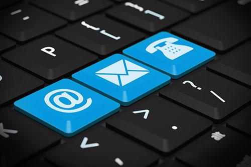 Email Taste auf einer Tastatur